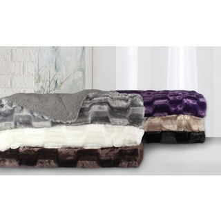 Deco Lux Micromink and Sherpa Throw