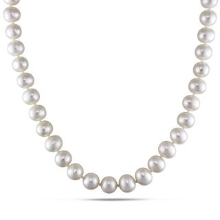 Miadora Freshwater Pearl Necklace with Silver Clasp (8-9 mm)