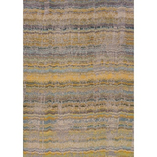 Distressed Ikat Yellow/ Grey Polypropylene Rug (6'7 x 9'1)