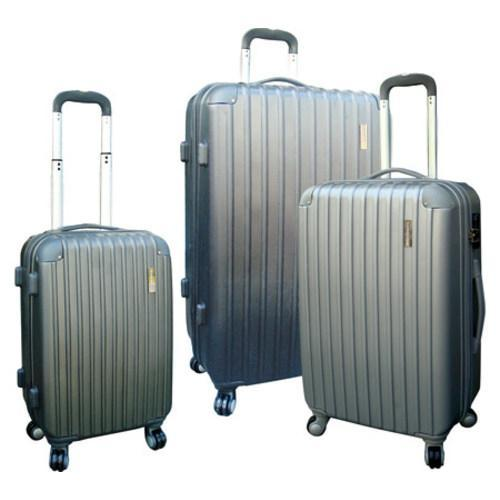 Travelers Club Chicago 3 Piece Expandable 4-Wheel Luggage Set Silver