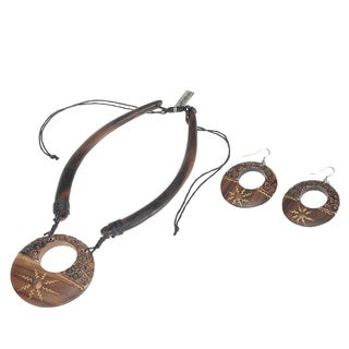 Eco-Friendly Wood Sun Motif Necklace and Earring Set (India)