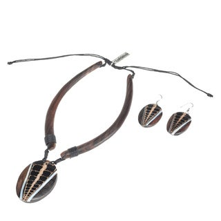 Eco-Friendly Wood Scales Motif Necklace and Earring Set (India)