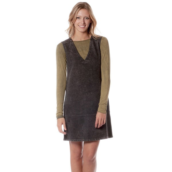 AtoZ Women's Black/ Olive Deep V-neck Jumper