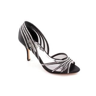 Badgley Mischka Women's 'Glynn' Basic Textile Dress Shoes