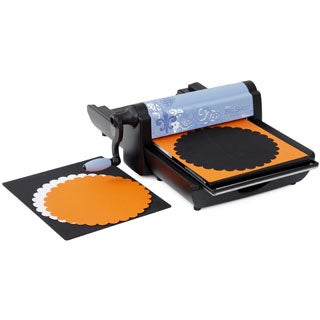 Sizzix Big Shot Pro Machine + Bonus Scallop Circle Bigz Pro Die