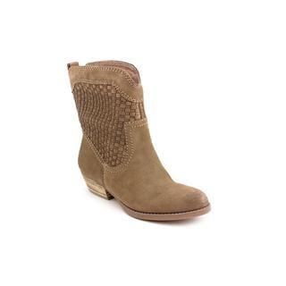 Nine West Women's Brown 'Vashya' Regular Suede Boots