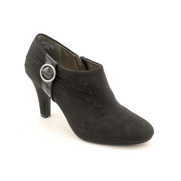 Karen Scott Women's 'Nico' Faux Suede Boots