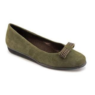 Vaneli Women's 'Agnessa' Regular Suede Casual Shoes - Wide (Size 7 )