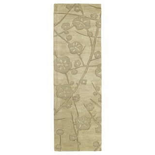 Euphoria Blossom Wheat Tufted Wool Rug (2'3 x 7'6)
