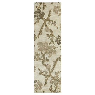 Euphoria Dogwood Sand Tufted Wool Rug (2'3 x 7'6)