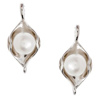 Kabella Silver Freshwater Pearl Ornament Earrings (6-6.5 mm)