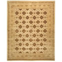 Safavieh Handmade Classic Agra Beige/ Dark Brown Wool Rug (9' x 12')