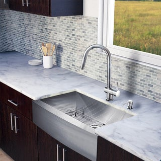 Vigo All-in-one 30-inch Farmhouse Stainless Steel Kitchen Sink and Faucet Set