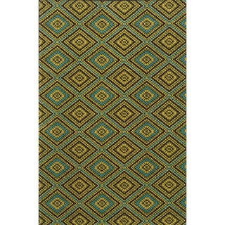 Indoor/ Outdoor Brown/ Green Area Rug (6'7 x 9'6)