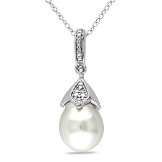 Miadora Sterling Silver South Sea White Pearl and Diamond Necklace (H-I, I2-I3) (9-9.5 mm)