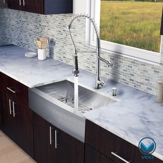 VIGO All-in-One 33-inch Farmhouse Stainless Steel Kitchen Sink/ Faucet Set