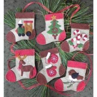 Warm Feet Ornament Kit - 4 X4-1/2 Set Of 6