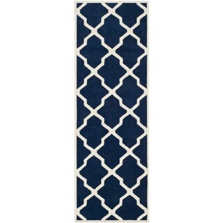 Safavieh Handmade Moroccan Chatham Trellis-pattern Dark Blue/ Ivory Wool Rug (2'3'' x 7')