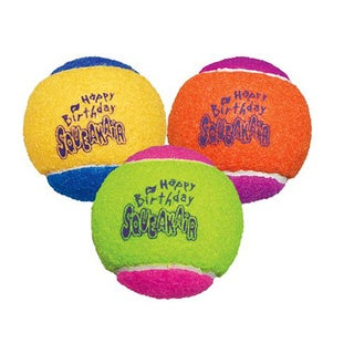 Kong Medium Birthday Air Squeaker Balls