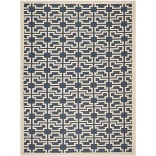 Safavieh Indoor/ Outdoor Courtyard Trellis-pattern Navy/ Beige Rug (5'3'' x 7'7'')