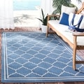 Safavieh Indoor/ Outdoor Courtyard Bordered Blue/ Beige Rug (8' x 11')