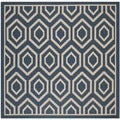 Machine-made Safavieh Indoor/ Outdoor Courtyard Navy/ Beige Rug (7'10 Square)