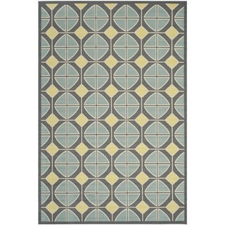 Safavieh Indoor/ Outdoor Hampton Dark Gray/ Light Blue Polypropylene Rug (6'7 x 9'6)