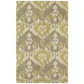 Hand-tufted Manhattan Yellow Ikat Rug (5' x 7'6)