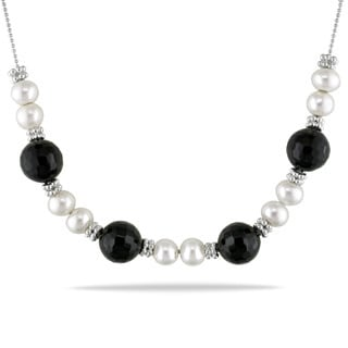 Miadora Sterling Silver Freshwater White Pearl and Black Onyx Necklace (7-7.5 mm)