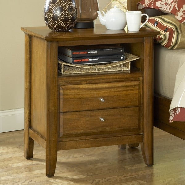 Pecan 'Contemporary Shaker' 2-drawer Nightstand