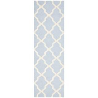 Safavieh Handmade Moroccan Cambridge Light Blue/ Ivory Wool Runner Rug (2'6 x 14')