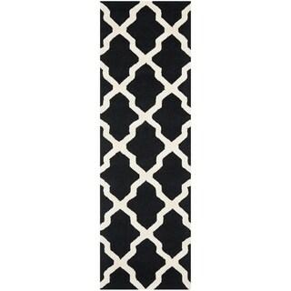 Safavieh Handmade Moroccan Cambridge Black/ Ivory Wool Rug (2'6 x 14')