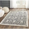 Safavieh Handmade Moroccan Cambridge Black/ Ivory Wool Rug (4' Square)