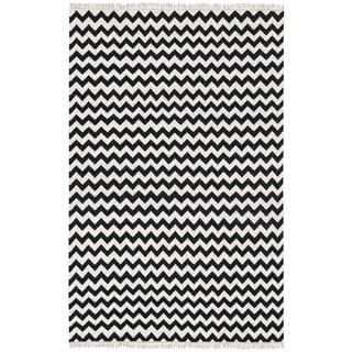 Handwoven Black Electro Wool Flat Weave Chevron Rug (5'x8')