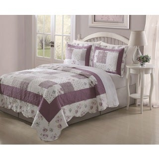Lily 3-piece Patchwork Quilt Set