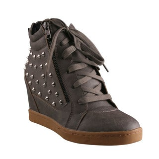 Refresh Women's 'Katara' Grey Spiked High-top Wedge Sneakers