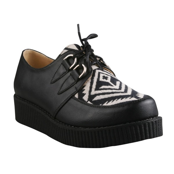Refresh Women's 'Add-03' Black and White Lace-up Creeper Shoes