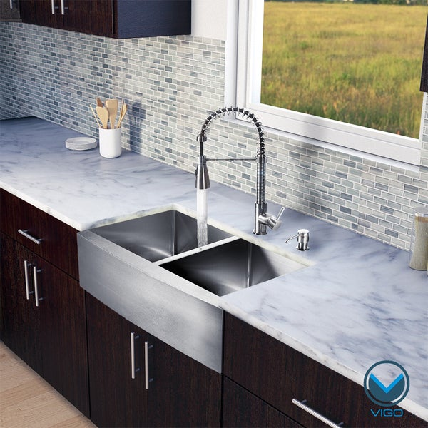 VIGO All in One 33-Inch Farmhouse Stainless Steel Double Bowl Kitchen Sink and Faucet Set