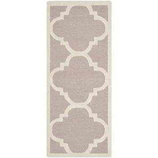 Safavieh Handmade Moroccan Cambridge Beige/ Ivory Wool Rug (2'6 x 22')