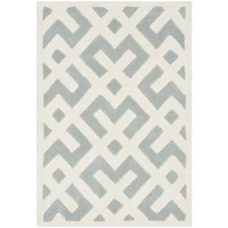 Safavieh Handmade Geometric-pattern Moroccan Chatham Gray/ Ivory Wool Rug (2'3 x 5')