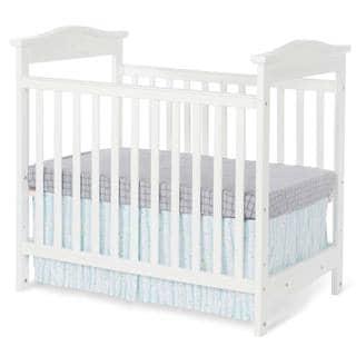 Foundations The Princeton Clear Choice Teething Rail Mini Crib in White