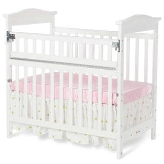 Foundations The Princeton Clear Choice Mini Crib in White