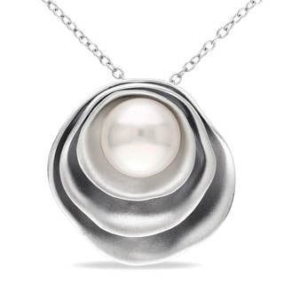 Miadora Sterling Silver White Pearl Necklace (9-9.5 mm)