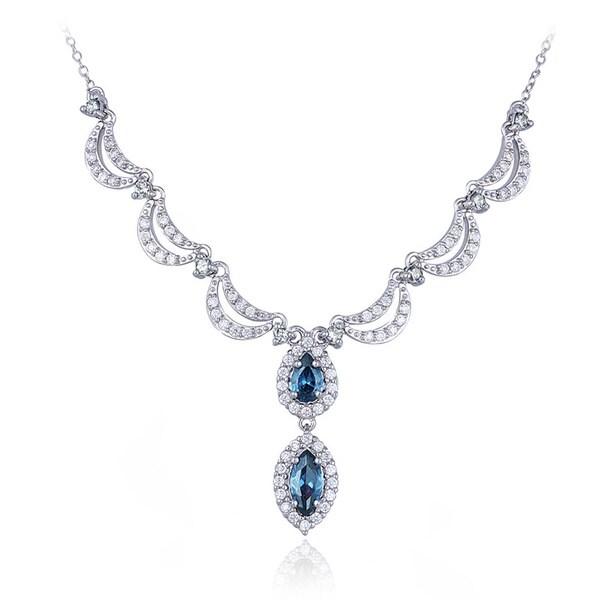Glitzy Rocks Sterling Silver London Blue and White Topaz Necklace (3 7/8ct TGW)