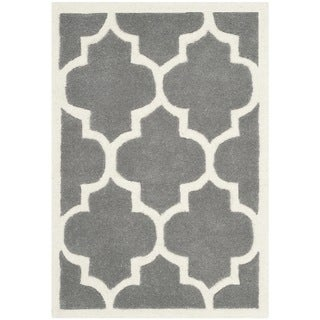 Safavieh Contemporary Handmade Moroccan Chatham Dark Grey/ Ivory Wool Rug (2'3 x 5')
