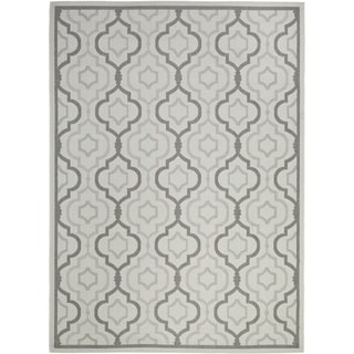 Safavieh Indoor/ Outdoor Courtyard Light Gray/ Anthracite Area Rug (6'7 x 9'6)