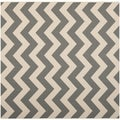 Safavieh Indoor/ Outdoor Courtyard Grey/ Beige Rug (4' Square)