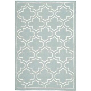 Safavieh Hand-woven Moroccan Reversible Dhurrie Blue/ Ivory Wool/ Banana Silk Rug (5' x 8')