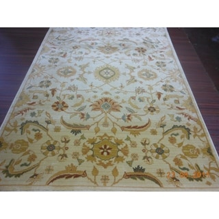 Safavieh Heirloom Cream/ Gold Rug (6'7 x 9'1)