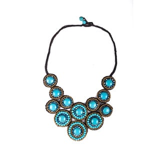 Thai-handicraft Gold-tone Turquoise and Blue Crystal Necklace and Earrings Set (Thailand)